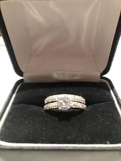 Wedding 2 piece ring set silver 925 for Sale in House Springs,  MO