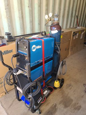 Miller Dynasty 280DX CPS welder with coolmate 1.3 cart and accessories for Sale in Riverside, CA