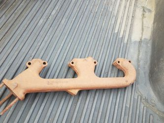 Chevy Exhaust Manifold for Sale in Downey,  CA