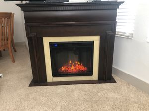 Realflame electronic fire place for Sale in Tampa, FL