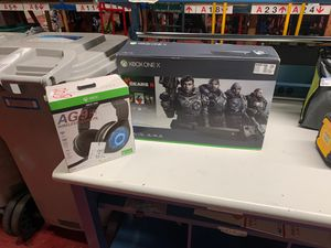 Microsoft Xbox one X with headset for Sale in Casselberry, FL