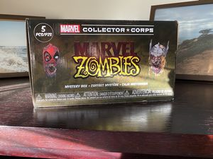 Marvel collector corps zombie box (Full size XL) for Sale in Poway, CA