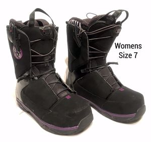 Womens Salomon Snow Boots (Size 7) for Sale in Beaverton, OR