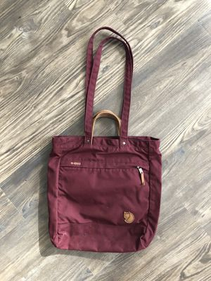 Fjallraven Totepack no. 1 Swedish bag converts to backpack! for Sale in Dallas, TX