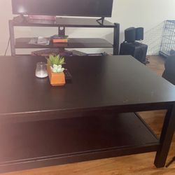 Black Coffee Table for Sale in Tustin,  CA