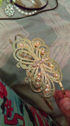 Golden Butterfly Headband USED for Sale in Poway, CA