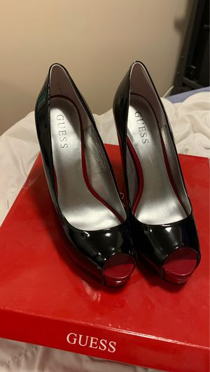 Guess Red and Black Heels Size 6.5 for Sale in Ashburn, VA
