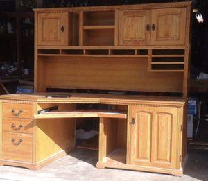 Solid Oak Desk with Hutch for Sale in El Cajon, CA