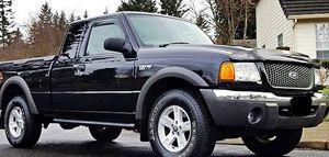 ֆ12OO Ford Ranger 4WD for Sale in Richmond, VA