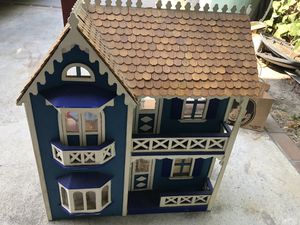 Free Doll House and Furniture for Sale in Rosemead, CA