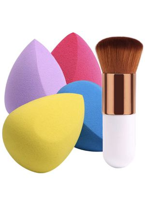 New never used 4+1Pcs Makeup Sponges with Foundation Brush for Sale in Phoenix, AZ