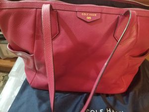 Fuschia/Hot Pink Leather Cole Haan Shoulder Bag with Garment Bag****USED 1 TIME*** for Sale in Laveen Village, AZ