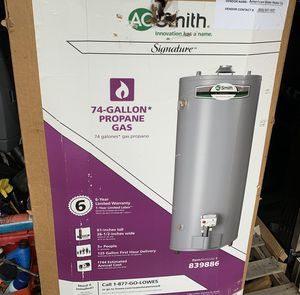 Propane gas water heater for Sale in Suitland, MD