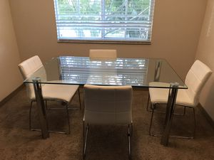City furniture dining table set for Sale in Fort Lauderdale, FL
