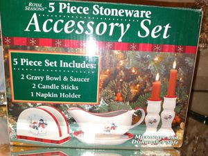 5 piece christmas gift set for Sale in Wesley Chapel, FL