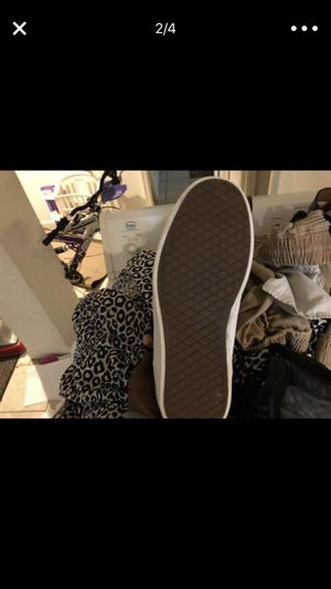 Mixed designer shoes guess with vans for Sale in Washington, DC