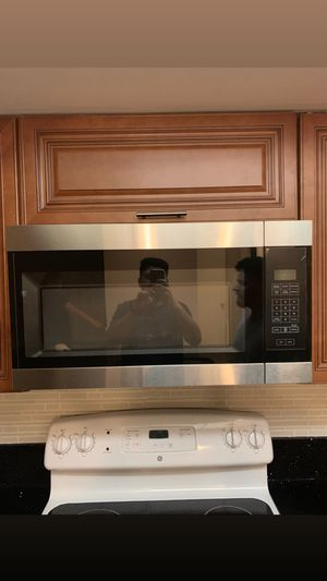 Over the range microwave for Sale in Sunrise, FL