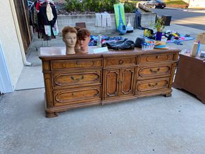 Dresser and night stand for Sale in La Mesa, CA