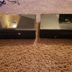 Xbox360 (With No Cables), Kinetic Camera, And Xbox360 Games for Sale in Herndon, VA