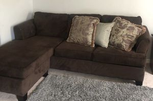 Simmons Super Comfy Brown Sectional Couch Sofa Reversible for Sale in Ashburn, VA
