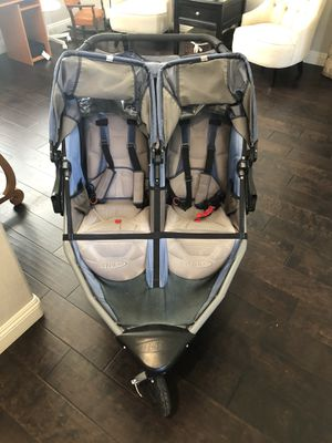 Double BOB Stroller with Tray attachment for Sale in San Marcos, CA