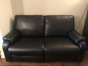 Black leather like recliner loveseat for Sale in Tampa, FL