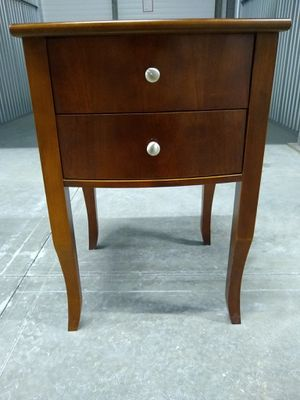 Brown end Table w/ 2 drawers for Sale in St. Petersburg, FL
