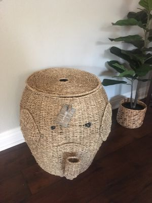 "Large rattan wicker Elephant basket with Lid 19"" for Sale in San Diego, CA"