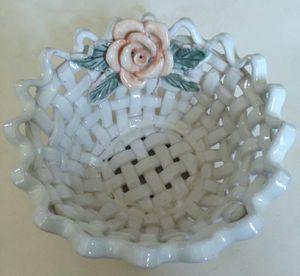 "Italian Open Weave Ceramic Pottery Floral Basket Bowl 7"" x 4"" PRETTY! for Sale in Sidney, NE"