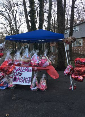Valentine day gift baskets for Sale for sale  Lawrence Township, NJ