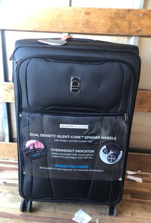 """Delsey Black 360 Wheels 29"""" Luggage for Sale in Fontana, CA"""