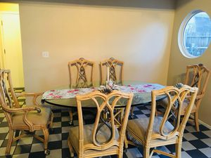 Dinner table / Comedor for Sale in Tracy, CA