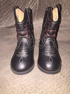 Healthtex boots size 5 Toddler for Sale in Clearwater, FL
