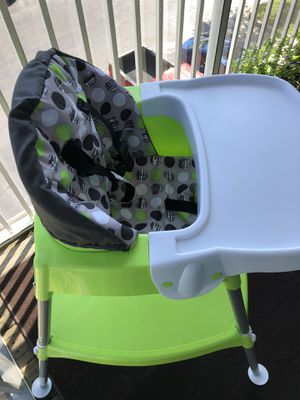 Evenflo covertable high chair for Sale in Tampa, FL