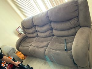 Couch need gone ASAP! 100$ obo for Sale in Fort Wayne, IN