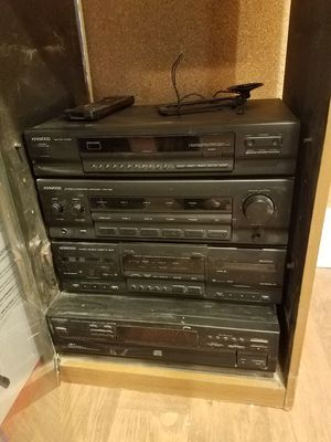 Kenwood Stereo, AM/FM Tuner, Casette, CD, and Amplifier w/ Remote & Antenna for Sale in Seattle, WA