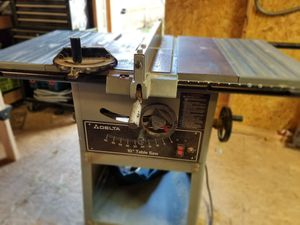 "10"" Delta table saw for Sale in Sumner, WA"