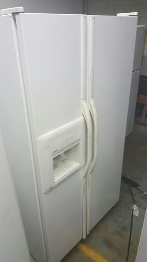 White side by side refrigerator for Sale in Philadelphia, PA