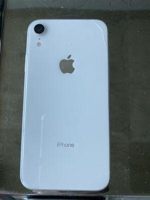 AT&T IPhone XR 256Gb pickup Atlantic station for Sale in Atlanta, GA
