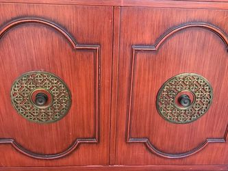 Small Asian Style Cabinet for Sale in Beverly Hills,  CA
