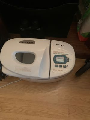 Bread maker and coffee pot for Sale in Lakeland, FL