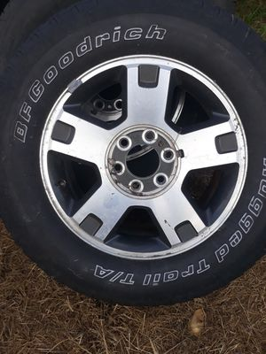 Ford stock rims and tires for Sale in Winter Garden, FL