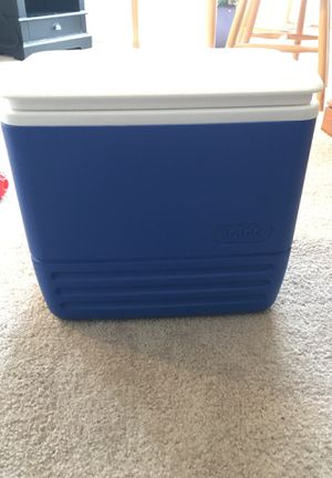 Igloo cooler for Sale in Harrisonburg, VA