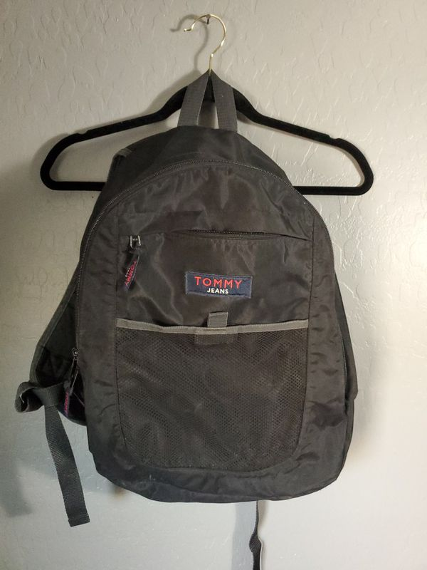 VINTAGE TOMMY HILFIGER BACKPACK