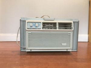 Whirlpool window air conditioner for Sale in Cambridge, MA