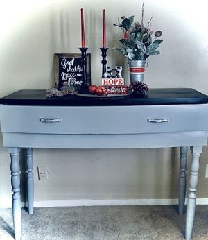 Refinished entry way table for Sale in Silsbee, TX