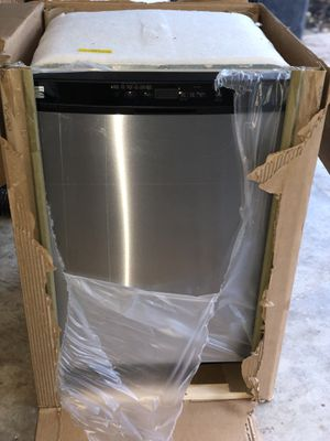 Kenmore Dishwasher BRAND NEW for Sale in Humble, TX