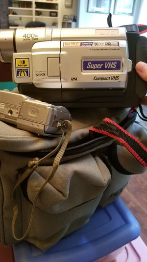 Old Camcorder and Digital camera w/ case for Sale in Columbus, GA