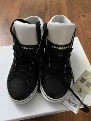 Brand New Burberry kids shoes 27 for Sale in El Cajon, CA