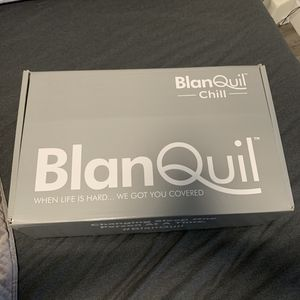 15lb weighted Blanquil Chill Blanket- White Frost for Sale in Campbell, CA